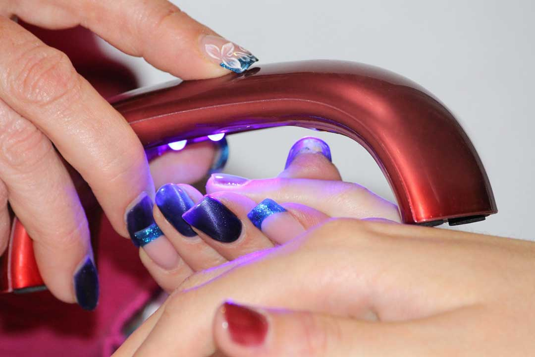 10 Things about Gel Nails Your beauticians Wouldn't Tell You